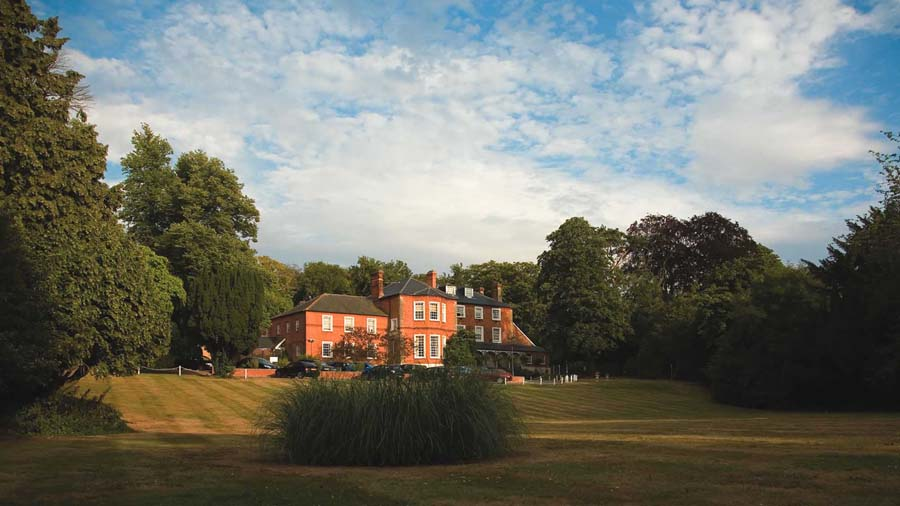 Wedding Competition: Win A Wedding At The Brandshatch Place Hotel And Spa