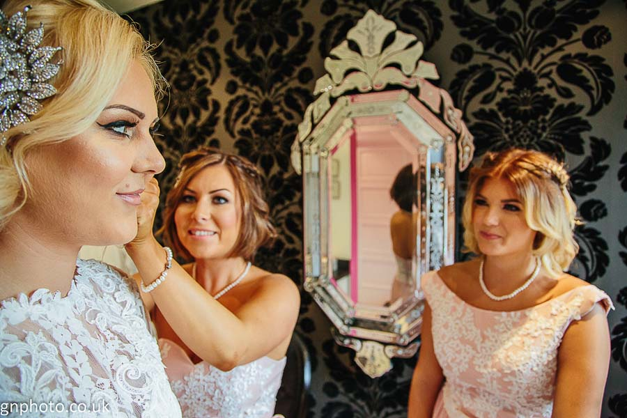 A Beautiful Manchester Wedding By GNPhoto