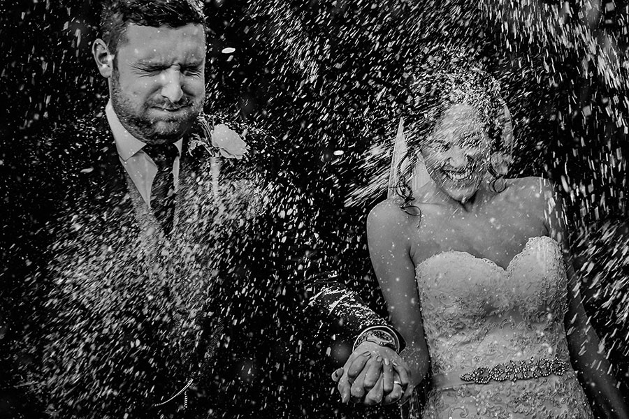 Find Your Wedding Photographer With Wedding Photography Select