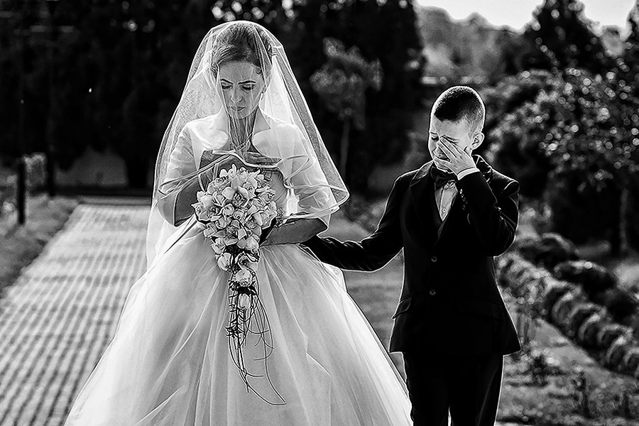 Image /var/www/vhosts/lvps92-60-120-255.vps.webfusion.co.uk/weddingphotographyselect/international/log-in/profiles/server/php/files/3667/fireball-11.jpg By Claudiu Negrea