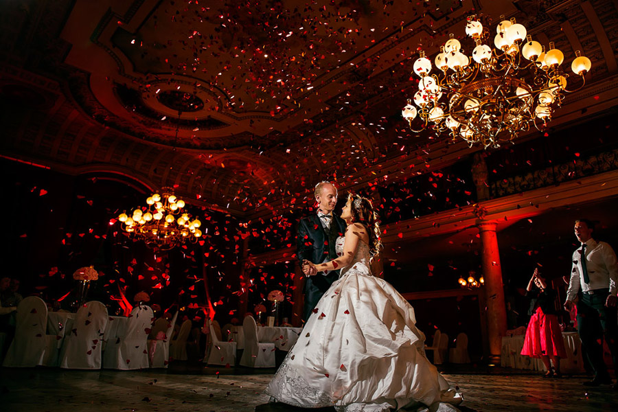Image /var/www/vhosts/lvps92-60-120-255.vps.webfusion.co.uk/weddingphotographyselect/international/log-in/profiles/server/php/files/3846/Hochzeitsfotograf-Frankfurt-Ciprian-Biclineru-03.jpg By Ciprian Biclineru