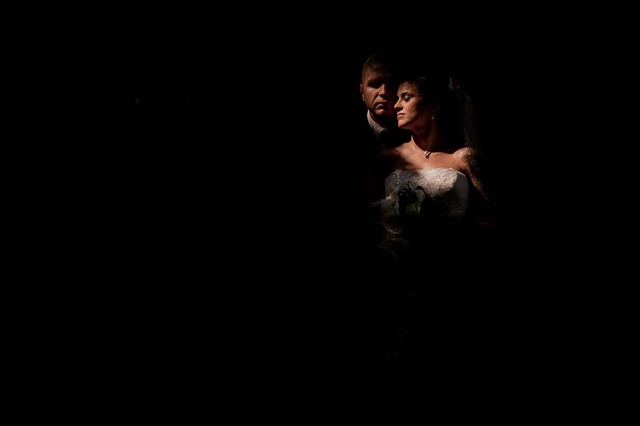 Photo Of The Day: A Beautiful Bride & Groom Portrait By Jacques Mateos